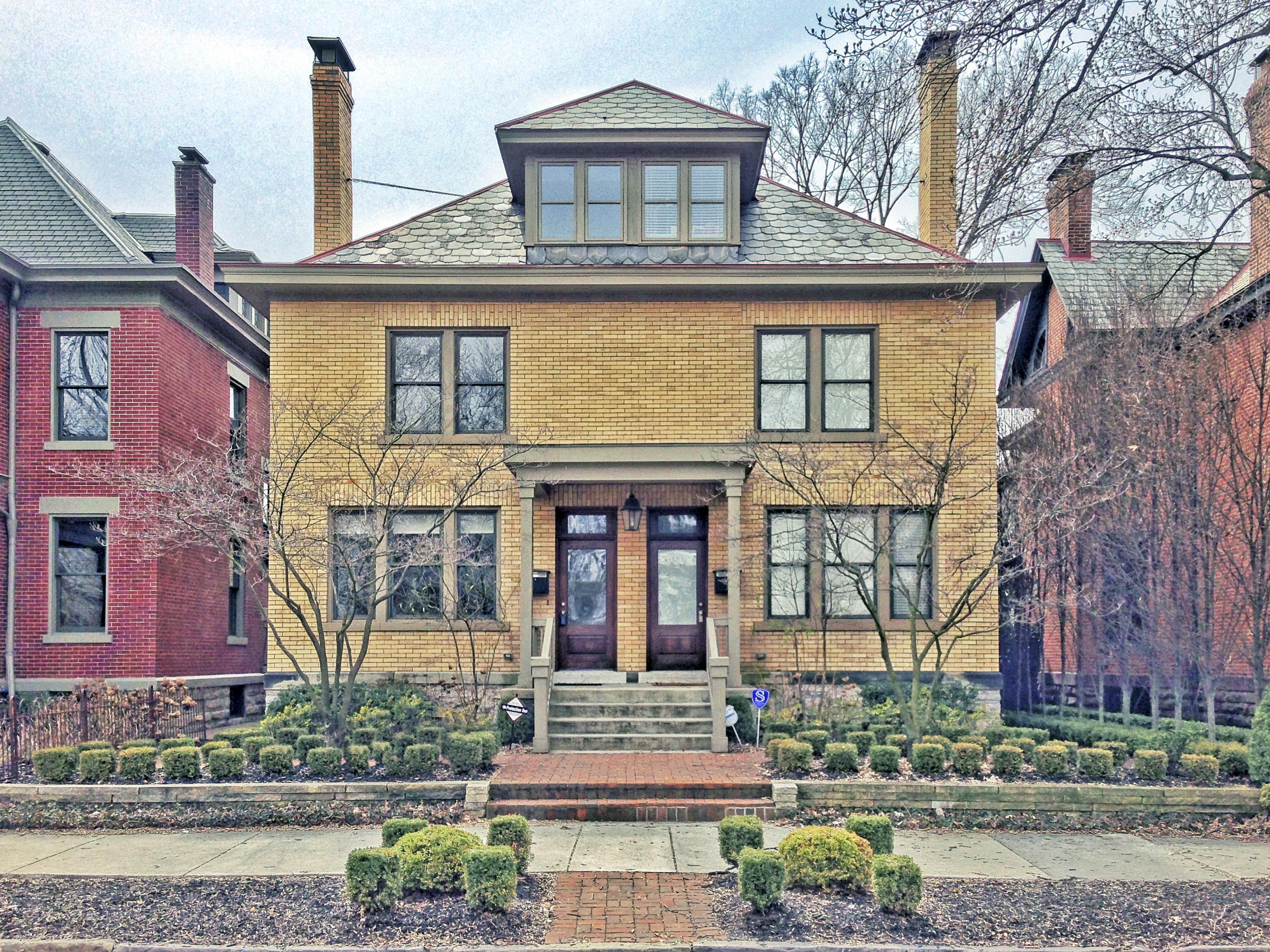 Sold 131 E Deshler Avenue Across From Schiller Park In Historic